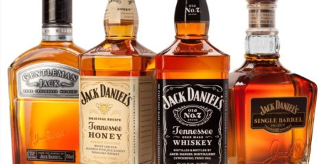 Bourbon Vs Whiskey: Know Some Interesting Facts About The Two